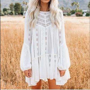 Kiss kiss embroidered lace tunic in cream